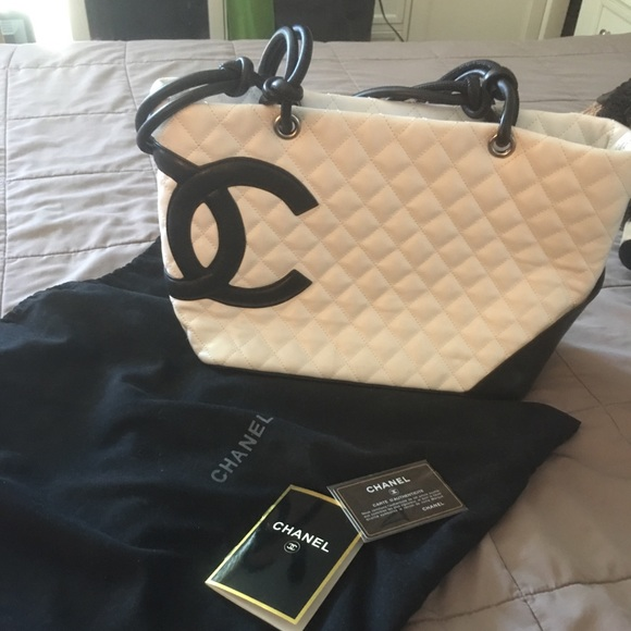 c24c92533da0 CHANEL Bags | Quilted Large Tote White Black | Poshmark